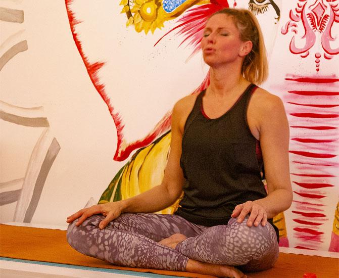 Hot Power Yoga - POYOMI CENTER